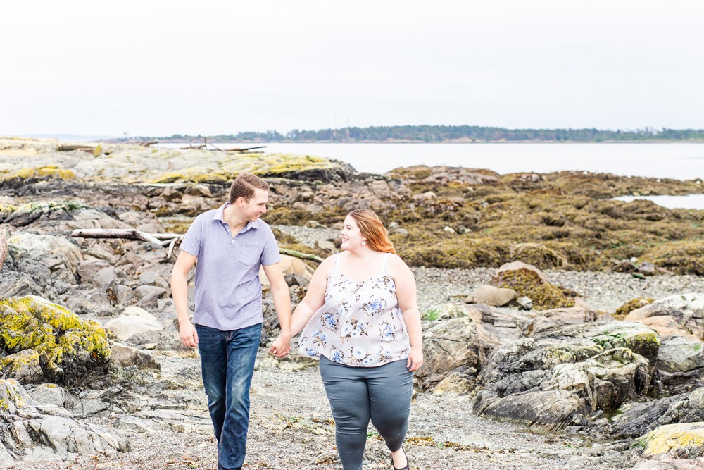 Vancouver island beach engagement session