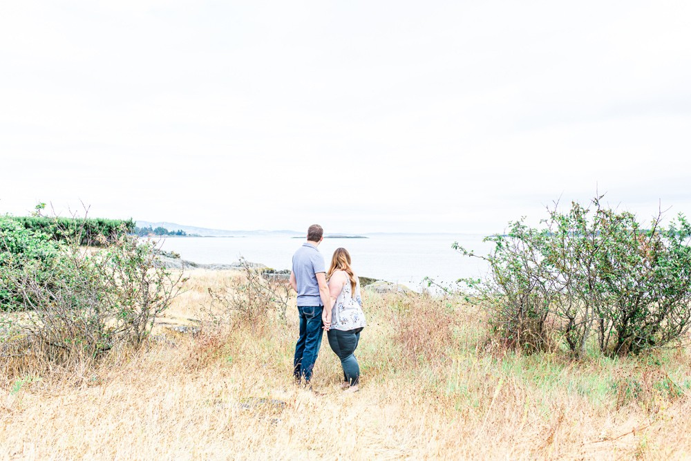 Victoria beach engagement session with vancouver island wedding photographer meaghan harvey photography